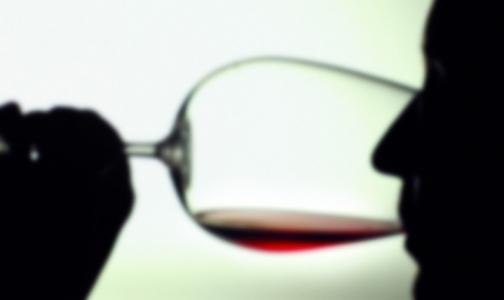 Фото №1 - Главный нарколог России поспорил с ВОЗ о вреде алкоголя