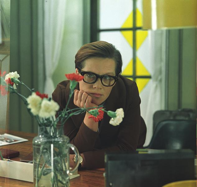 Фото №11 - Искусственный снег, 40-летняя бабушка и самая вкусная овсянка: факты о любимых советских фильмах, которые вы не знали