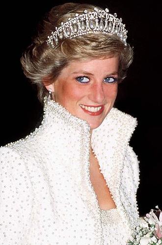 Фото №13 - Какие украшения из королевской коллекции могут заимствовать представительницы БКС
