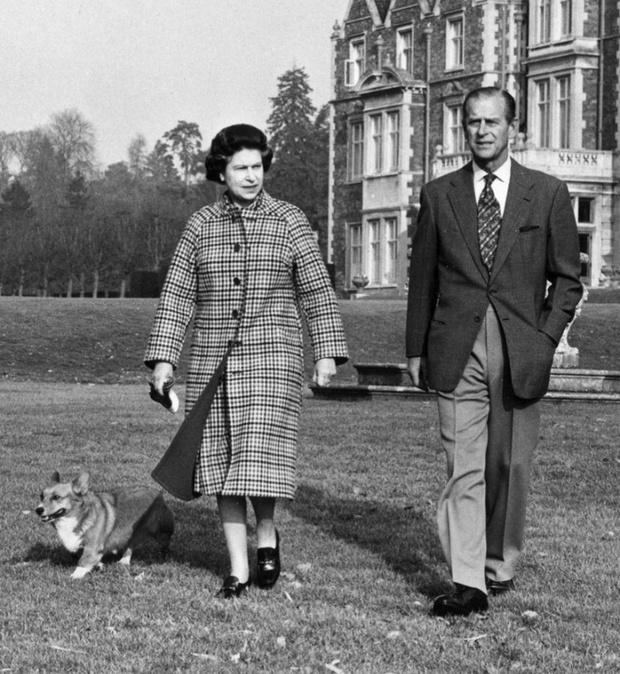 Фото №15 - 16 архивных фотографий в память о принце Филиппе
