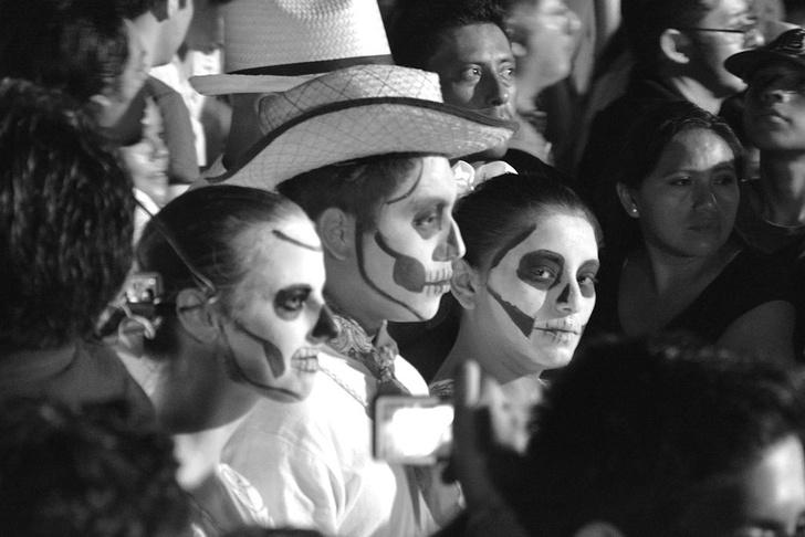 Фото №1 - Как отмечают Хэллоуин в разных странах мира и в России