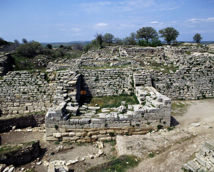 Фото №1 - 5000 лет назад... Основали Трою