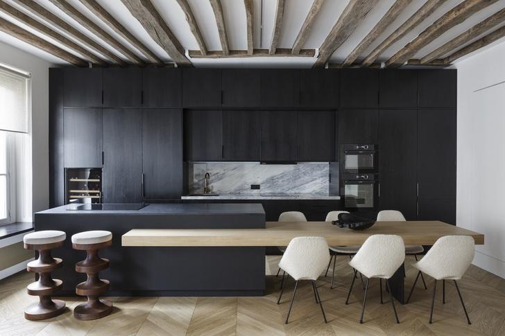 Фото №3 - Нетипичная парижская квартира в черно-белой гамме
