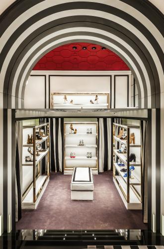 Фото №5 - Не простое украшение: новый бутик Aquazzura в Москве