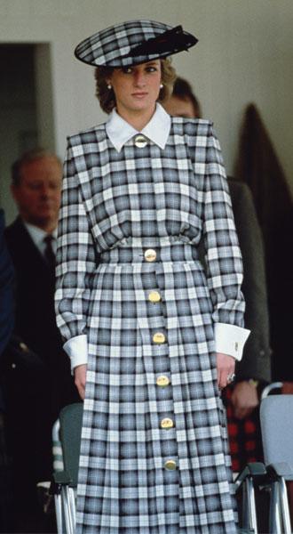 Фото №24 - Никто не идеален: самые неудачные наряды принцессы Дианы