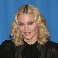 Певица Мадонна нга пресс-конференции