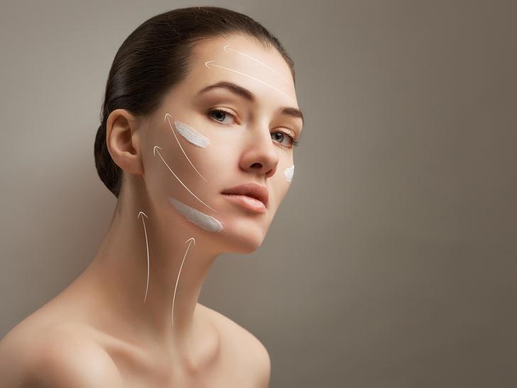 Фото №3 - Как подтянуть овал лица без пластики: 5 простых упражнений на каждый день