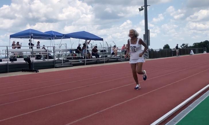 Фото №1 - 91-летняя бабуля побила рекорд в беге на 400 метров (в своей возрастной категории)