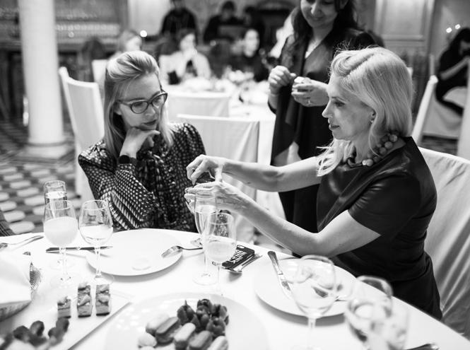 Фото №8 - Выбор Marie Claire: икорница la prairie Caviar Spectaculaire