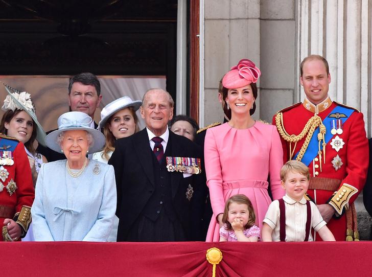 Фото №1 - Кого из мужчин королевской семьи эксперты считают главным феминистом (нет, это не Гарри)
