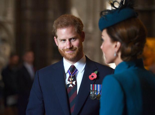 Фото №4 - Герцогиня Кейт восстанавливает мир между Уильямом и Гарри