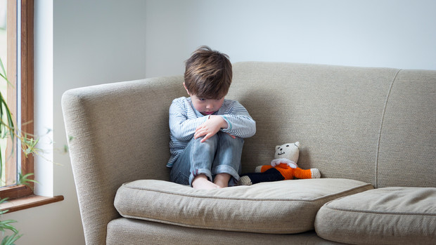 Фото №1 - 5 скрытых признаков детской депрессии