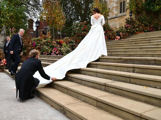 Фото №5 - Настоящая принцесса: свадебный образ Евгении Йоркской