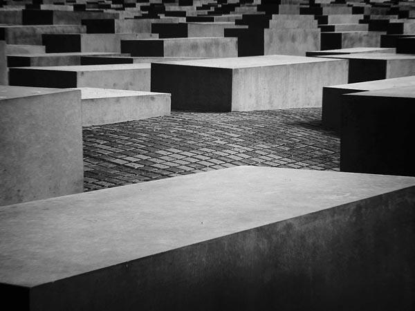 Фото №4 - 2711 камней на могиле нацизма