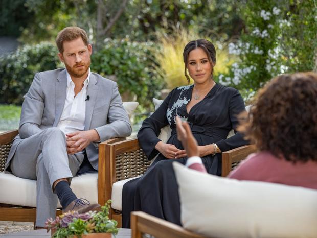 Фото №2 - Расизм в королевской семье и другие откровения Меган Маркл на интервью с Опрой Уинфри