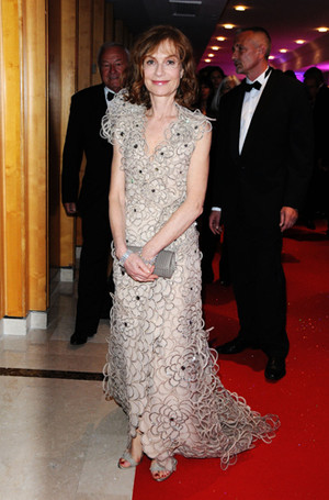 Фото №57 - Войти в историю: 35 культовых платьев Каннского кинофестиваля