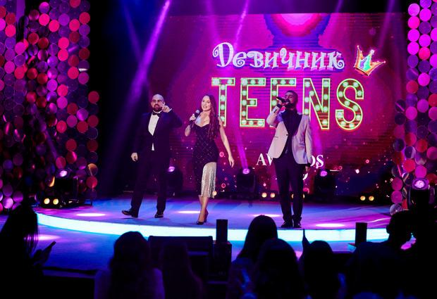 Фото №2 - Скоро! Юбилейная премия «Девичник Teens Awards» 2021 👸