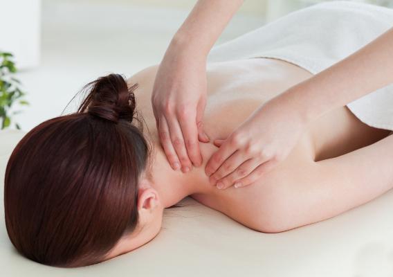Фото №1 - Лимфодренажный массаж: суть, техника и противопоказания