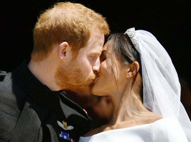 Фото №9 - Самые трогательные моменты королевских свадеб (о Гарри и Меган мы тоже не забыли)