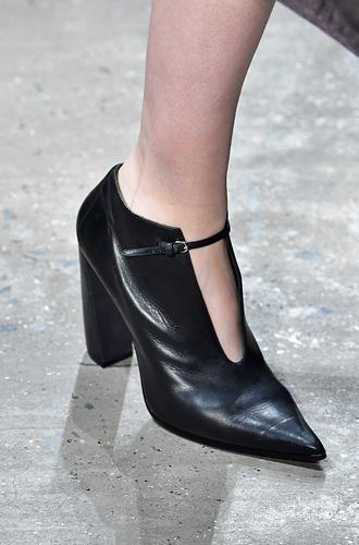 Фото №66 - Самая модная обувь сезона осень-зима 16/17, часть 2