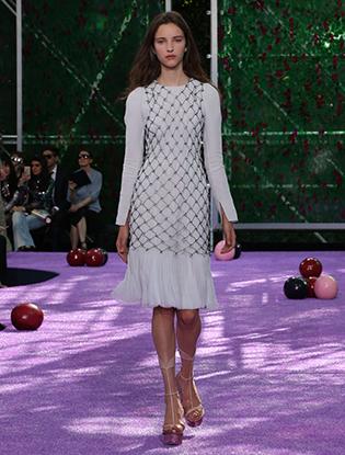 Фото №38 - Неделя Высокой моды в Париже: Dior Couture AW2015/16