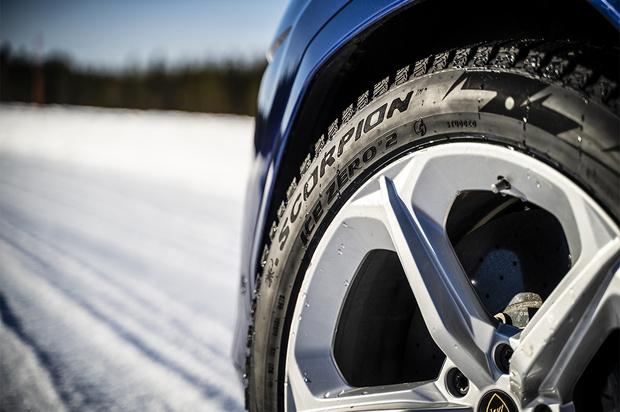 Фото №1 - Pirelli Ice Zero 2— новое поколение шипованной зимней линейки шин для автомобилей класса «премиум», «престиж» и SUV