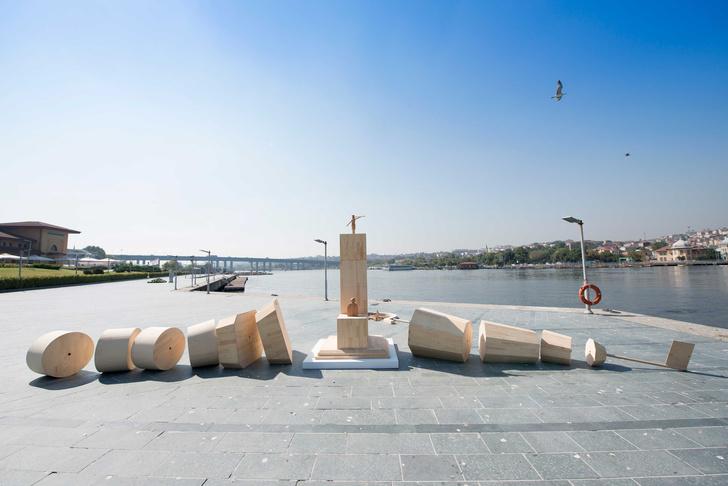 Фото №1 - На площади Искусств появится инсталляция «Трансформер»