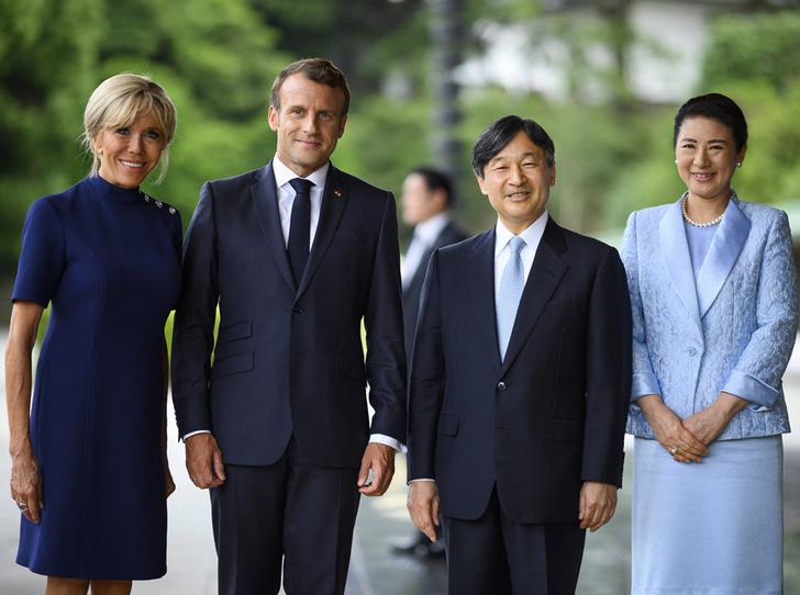 Фото №1 - Как прошла встреча четы Макрон с императором Японии