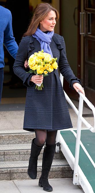 Фото №6 - В модном положении: две беременности герцогини Кембриджской (сравним?)