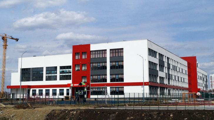 Фото №1 - Кабмин выделил 43,5 миллиарда на строительство школ в регионах