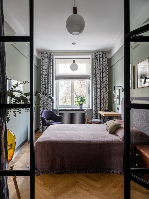 Фото №10 - Квартира с винтажной и дизайнерской мебелью в сталинке