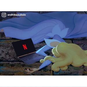 Фото №4 - Карантин по-диснеевски: художник показал, как принцессы могли бы жить во время пандемии