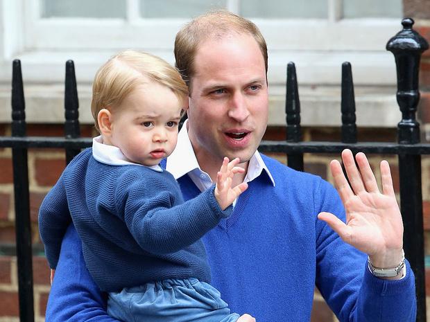 Фото №1 - Какие титулы получит Джордж, когда его отец станет королем (и почему их не пожалуют Шарлотте и Луи)