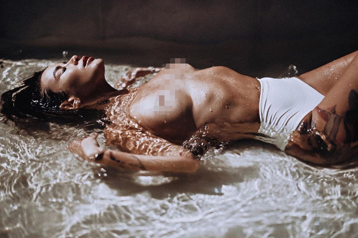 Фото №2 - «Не хочу любви»: Айза выложила очень откровенное фото после расставания с Гуфом