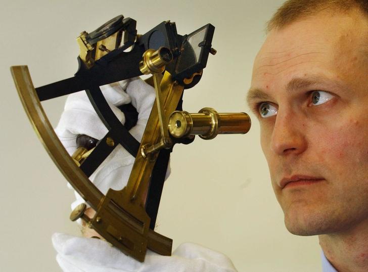 Фото №1 - В НАСА вспомнили о старинных навигационных инструментах
