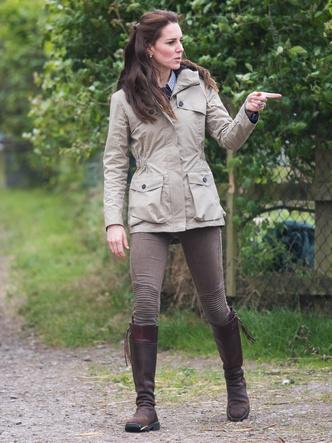 Фото №8 - Стоп-лист: 7 вещей, которые герцогиня Кейт практически никогда не носит на публике
