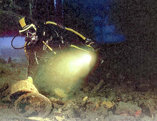 Фото №1 - Сохранились даже стеклянные лампы