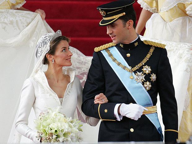 Фото №1 - Какой была свадьба короля Филиппа и королевы Летиции: история в фотографиях