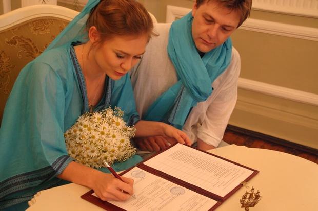 Фото №2 - «Круче парня в моей жизни не было»: Мария Машкова поздравила мужа с 10-летием свадьбы
