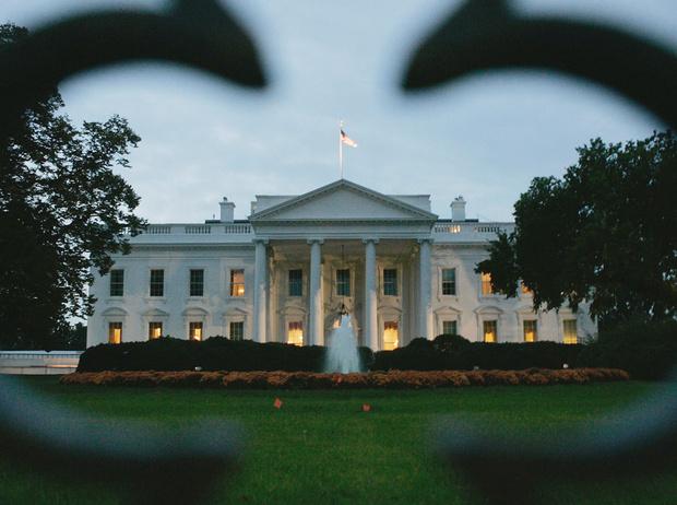 Фото №1 - Потусторонние соседи Трампов: какие призраки обитают в Белом доме