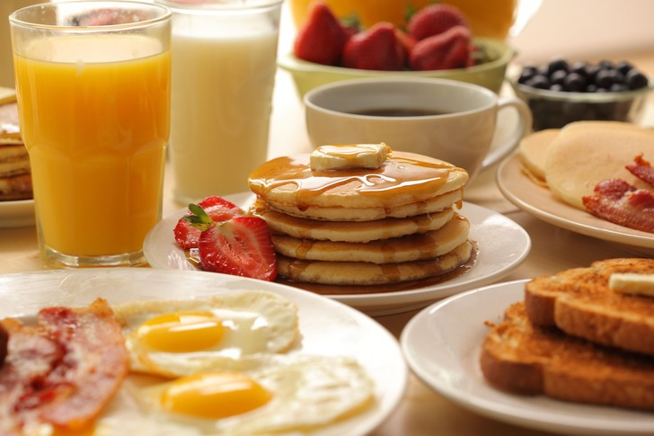 Фото №1 - Названо оптимальное время для завтрака