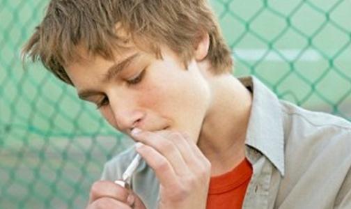 Фото №1 - Россиян, бросающих курить, не поддерживают родные и друзья