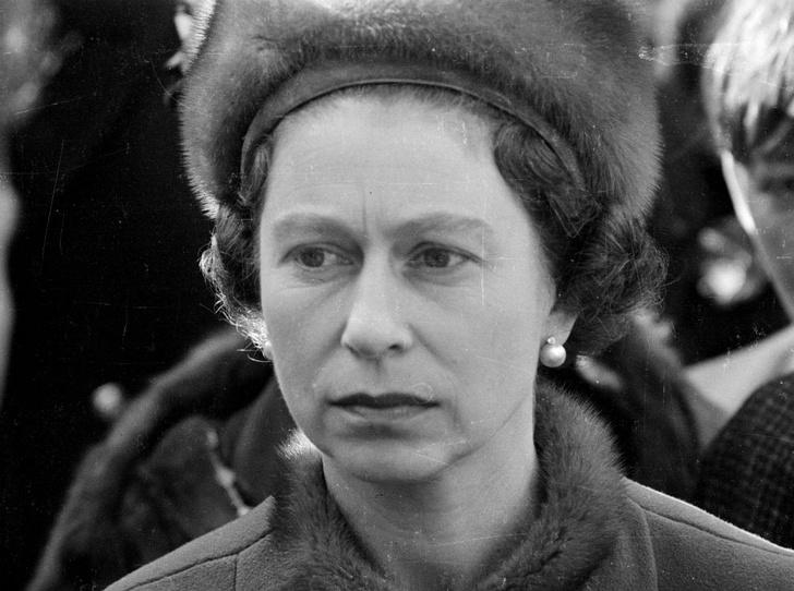 Фото №4 - О чем жалеет Королева: самая большая ошибка Елизаветы