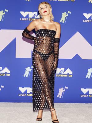 Фото №16 - MTV Video Music Awards 2020: лучшие и худшие наряды звезд на красной дорожке