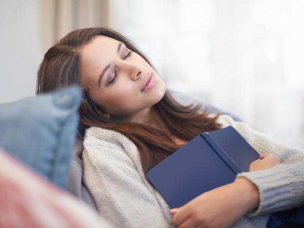 Фото №1 - Почему спать днем вредно, и как избавиться от этой привычки