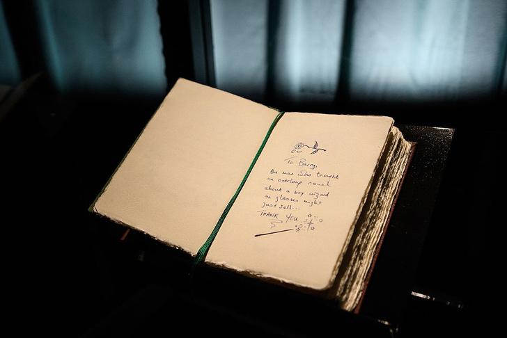Фото №8 - «Экспекто патронум!»: 9 мифов о Джоан Роулинг