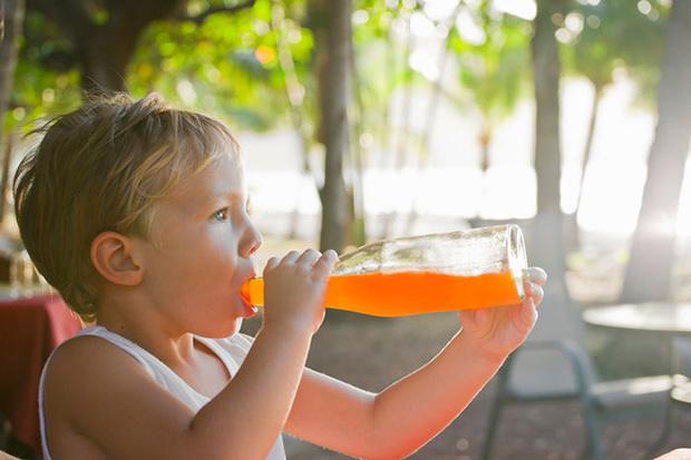 Фото №7 - Чем поить ребенка в летнюю жару