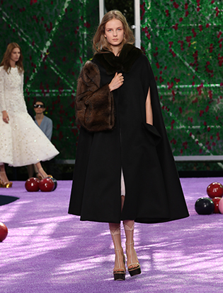 Фото №55 - Неделя Высокой моды в Париже: Dior Couture AW2015/16