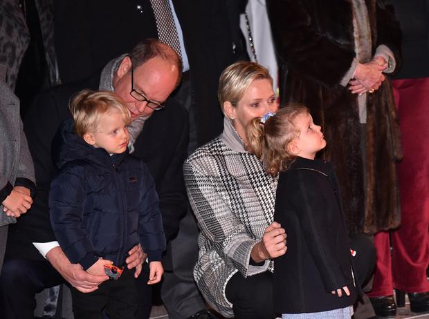 Фото №13 - Принц Жак и принцесса Габриэлла: четвертый год в фотографиях
