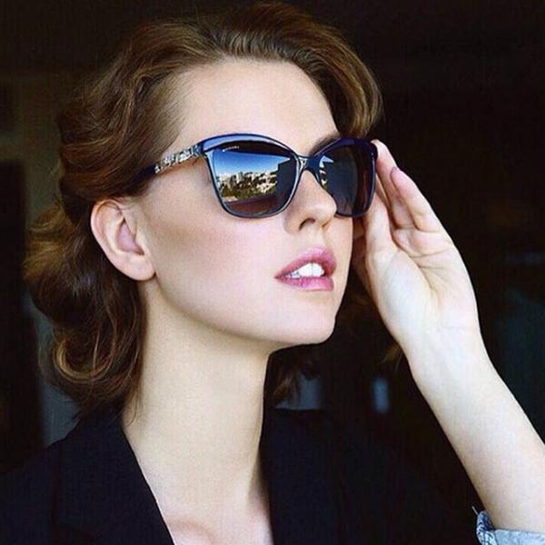 Фото №8 - Звездный выбор: солнцезащитные очки Bulgari
